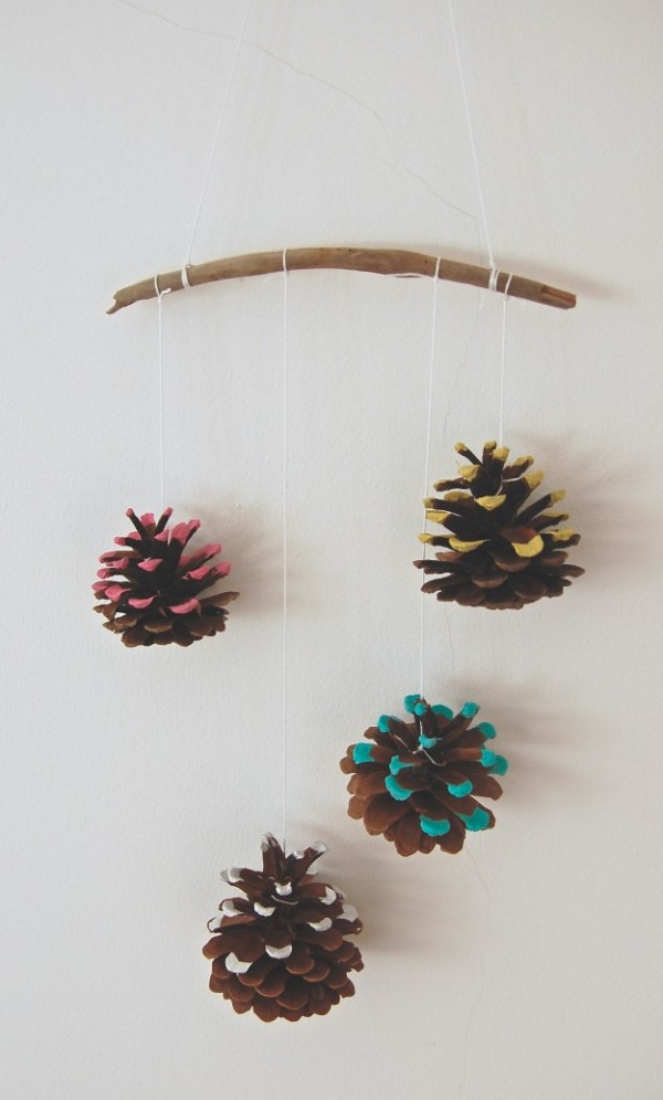 merry & bright pinecone hanging winter decor diy lapinblu.com