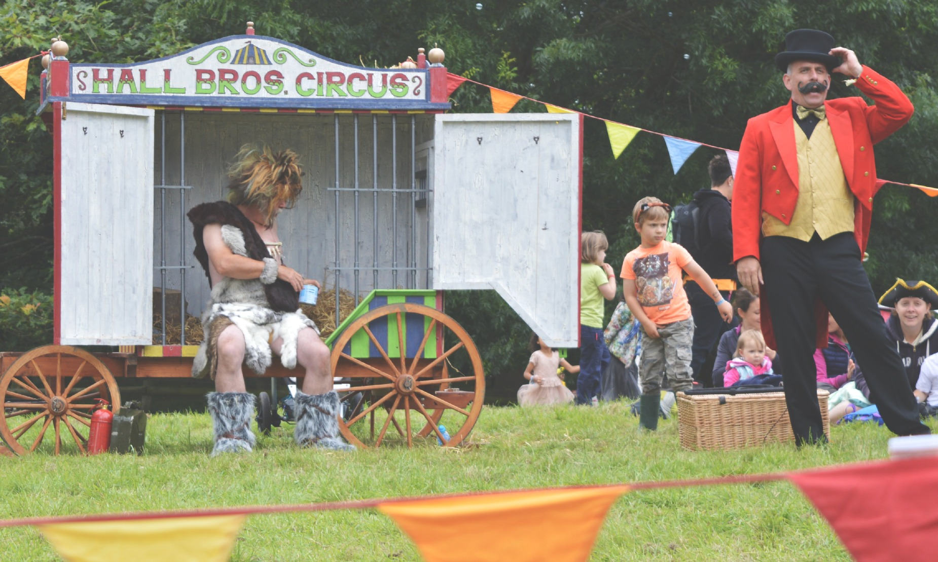 circus show just so festival 2014