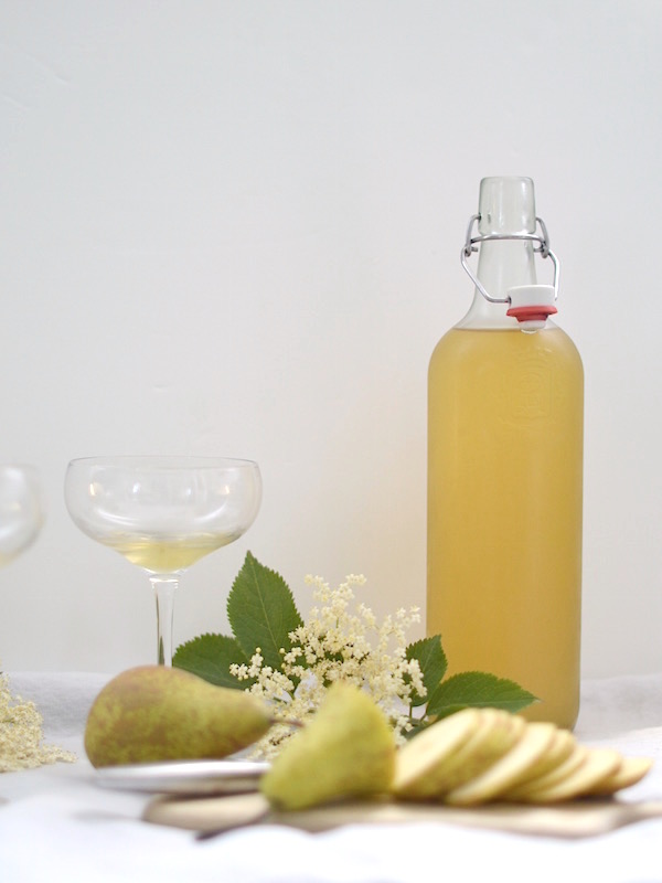 elderflower syrup recipe & champagne cocktail