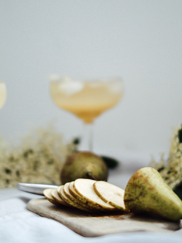 elderflower pear champagne cocktail