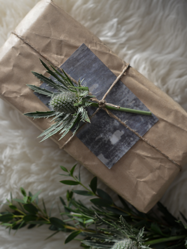 Smitten_gift_wrapping_ideas_Ruth_Holly_lapinblu-1