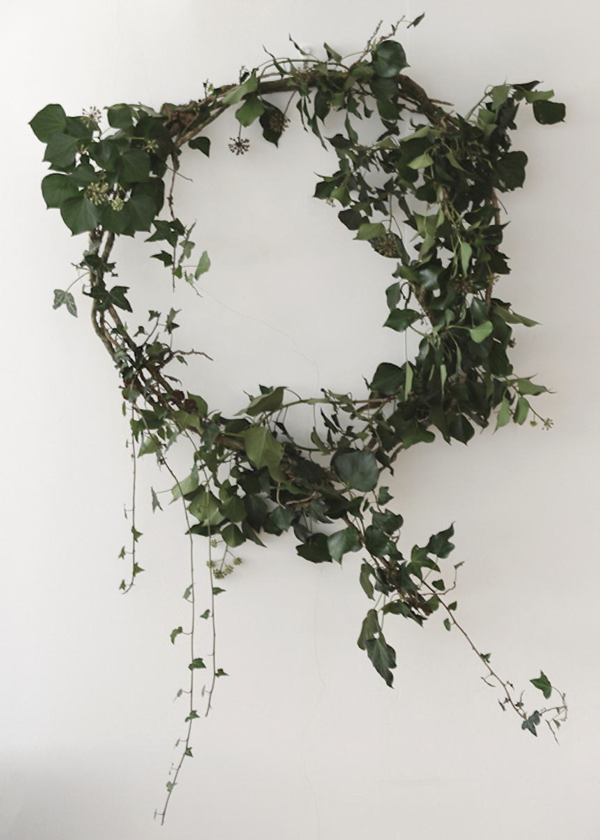 WInter-Christmas-at-Home-natural-wreath