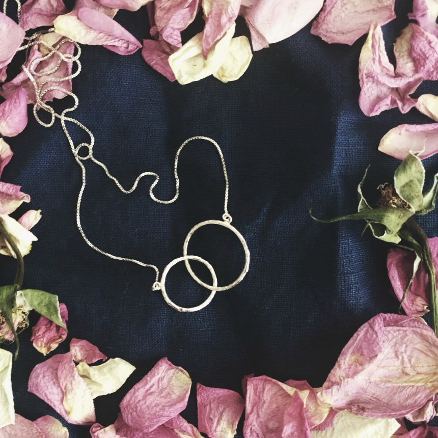 unique minimal Jewellery Lines & Current   image / styling by sarahloufrancis