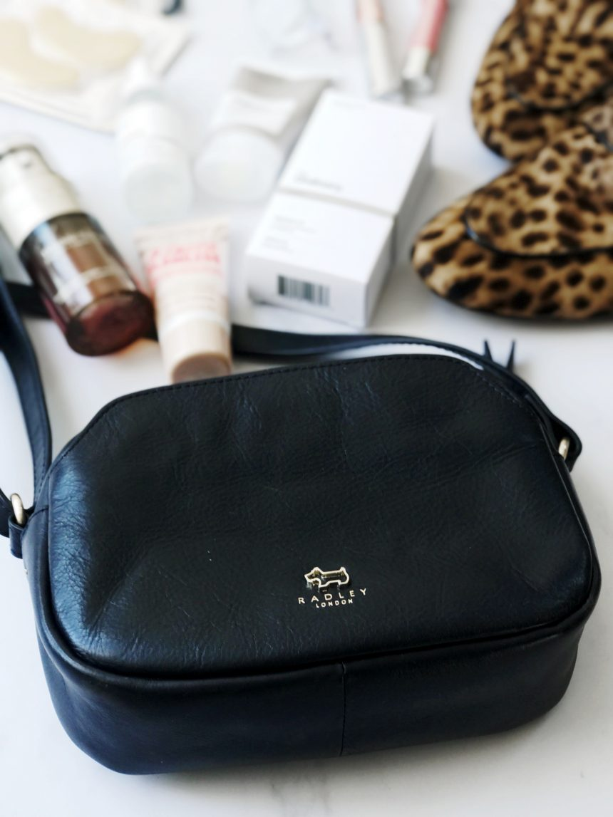 Whats in my bag-August-lapinblu